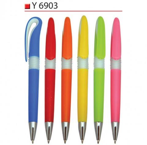 Plastic Pen (Y6903)
